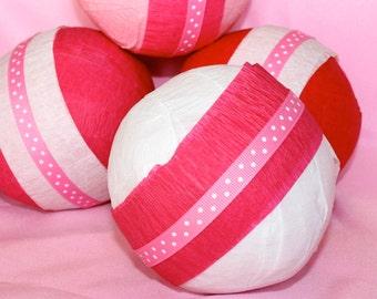 Surprise ball for kids Valentine  Valentine's Day gift Valentine Party Favor kids  Valentines toy crepe paper ball treasure  Valentine Day