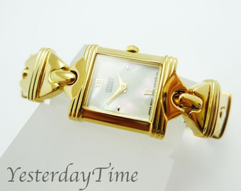 Citizen Mother of Pearl Dial 1980's Ladies Quartz Watch