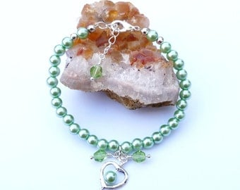 Bracelet, Green Pearls and Crystals, Silver Clasp, Heart Charm, Bridesmaid, Wedding, Gift Idea