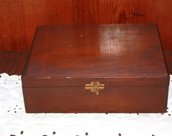 Vintage Wooden W.H. Snyder and Sons Cigar Box - TP 752 Class E