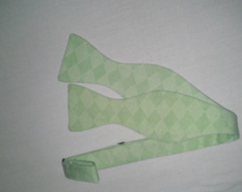 Pale Teal Cross-Hatching Thistle/Butterfly Bowtie--Adjustable, Easy-fastening