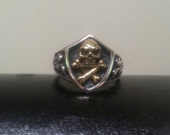 Two tone skull and crossbone pirate sterling silver ring steampunk gothic punk