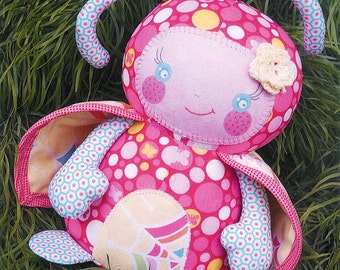 Pattern ''Lola'' Ladybug Soft Sculpture, Stuffed Toy, Softie, Cloth Toy Sewing Pattern by Melly & Me (MM125)