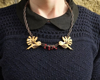 Bird necklace with beads