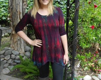 Woman Tunic, Tunic Tops, Tie dye Tunic, Boho Clothes, Round neck, Shades of Merlot with Blue & black, 3/4 sleeve, S M L XL 2X 3X