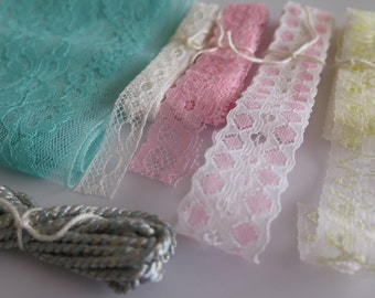 Card Makers Spring Easter Lace and Trim Kit - Ready to send