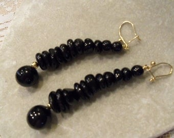 Black Coral  / 9kt/14kt   dangle earrings vintage