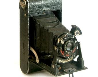 Vintage Folding Camera Voigtlander Bessa Rollfilm Camera with Lens