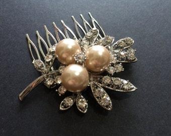 Vintage Style Swarovski Pearls and Rhinestone Crystal Wedding Bridal Bridesmaids Hair Comb