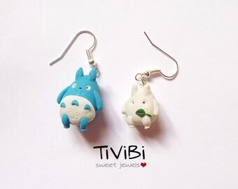 Totoro earrings white and blue
