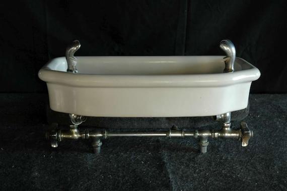 Industrial White Porcelain Sink Enamel Drinking Fountain Schoolhouse ...