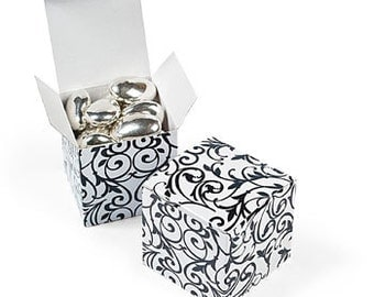 "Black & White Damask 2"" x 2"" Favor Boxes - Package of 12"