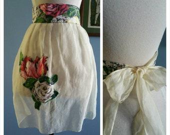 Retro vintage floral apron