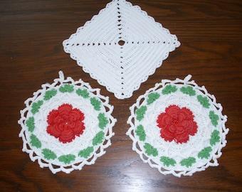 Three Vintage Potholder, Crochet Potholder, Crochet Hot Pad, Red Potholder, Red Hot Pad, Green Potholder,  Red Kitchen Linens, Potholder lot