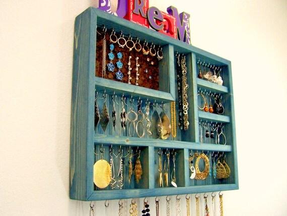Dorm Room Jewelry Organizer ~ 170956_Etsy Dorm Room Ideas