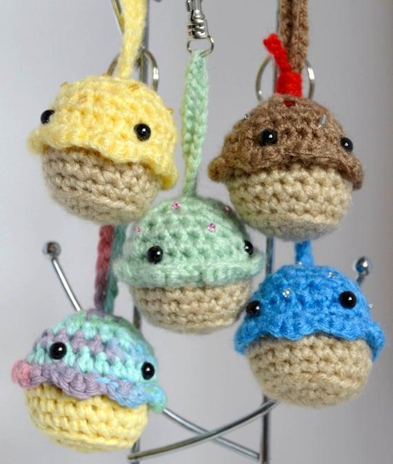 Kawaii Amigurumi Cupcake Keychain : PATTERN: Amigurumi Cupcake Keychain Crochet Pattern Photo