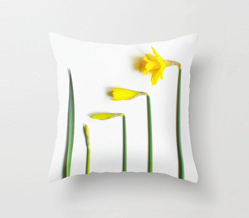 Decorative Pillows Travel Theme : Spring themed decorative throw pillow daffodils cushion