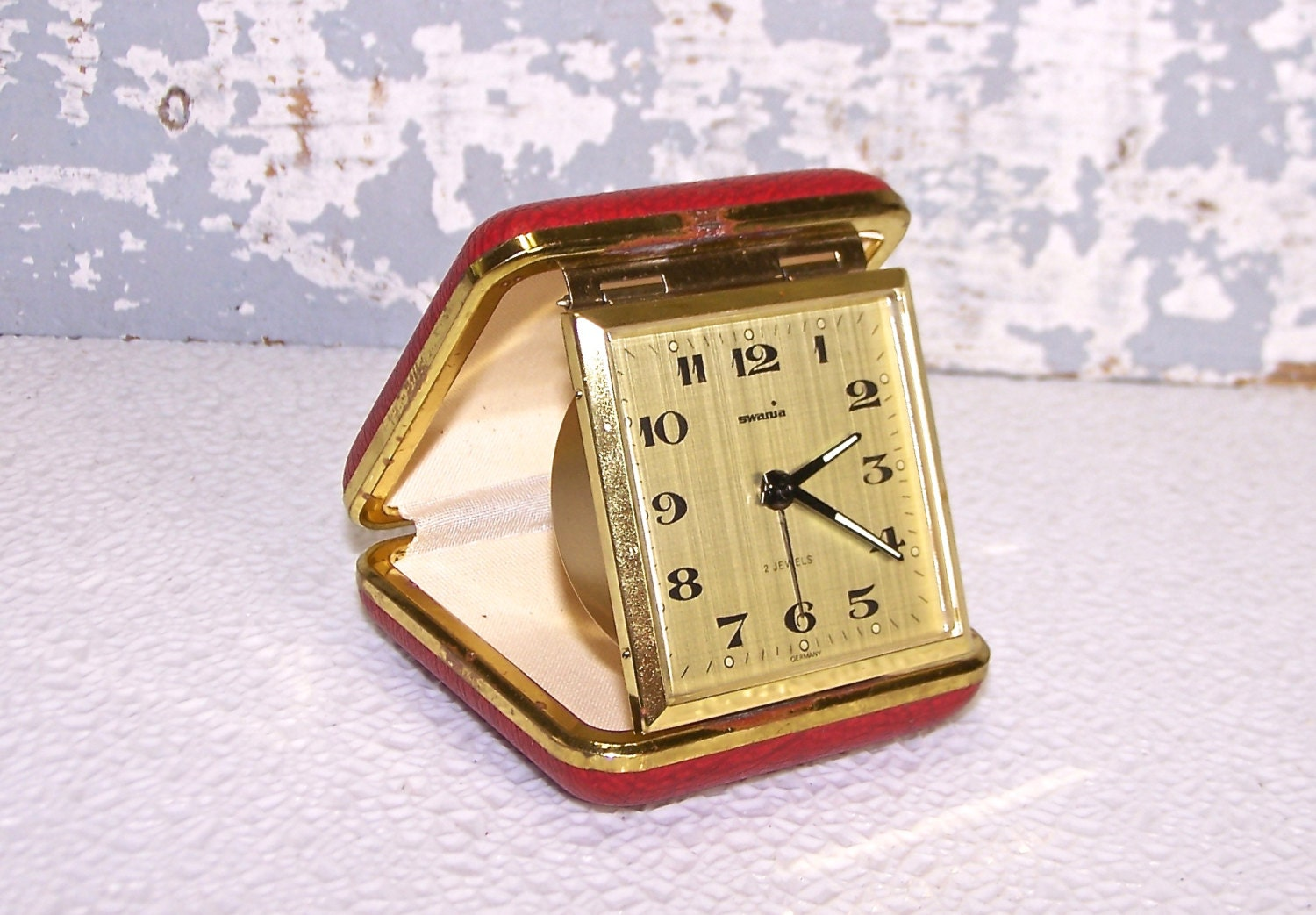 folding travel alarm clock swanua 2 jeweled by. Black Bedroom Furniture Sets. Home Design Ideas