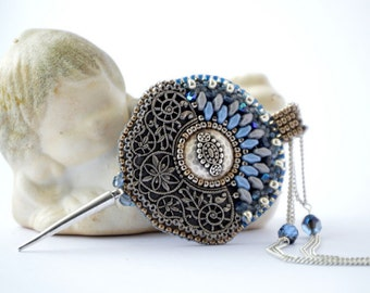 Frozen - Bead Embroidery Necklace
