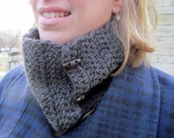 Handmade 100% Wool Cowl