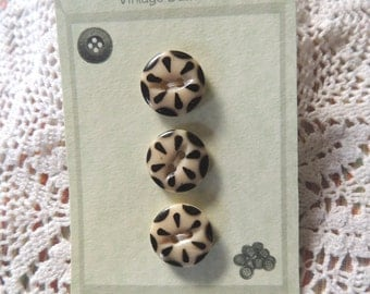 Antique China buttons, Black & White