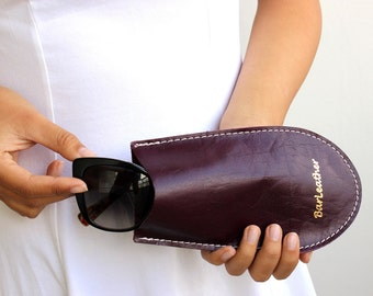 Sunglasses case , Leather sunglasses case in bordeaux , sunglasses holder
