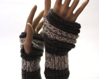 Knitting leg warmers (Merino Wool)