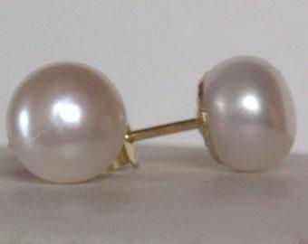 Freshwater Pearl Earrings natural white  - Stud  Post - wedding earrings - Pearl earrings - Bridesmaid earrings