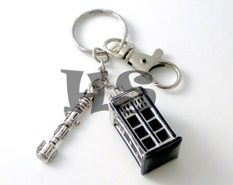 Doctor Who Blue Tardis and Screwdriver Key Chain