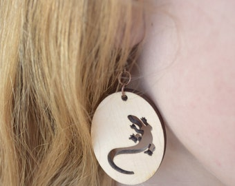 Lizard earrings animal jewelry Rustic Wood earring Gecko tropical Woodland Nature lover Women gift Sister gift Daughter gift Teen girl