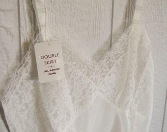 Vintage Women's Slip - White - Size  36, Regular