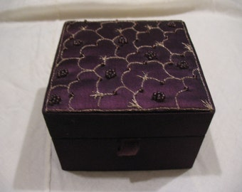 1950s Purple Satin Jewelry Box