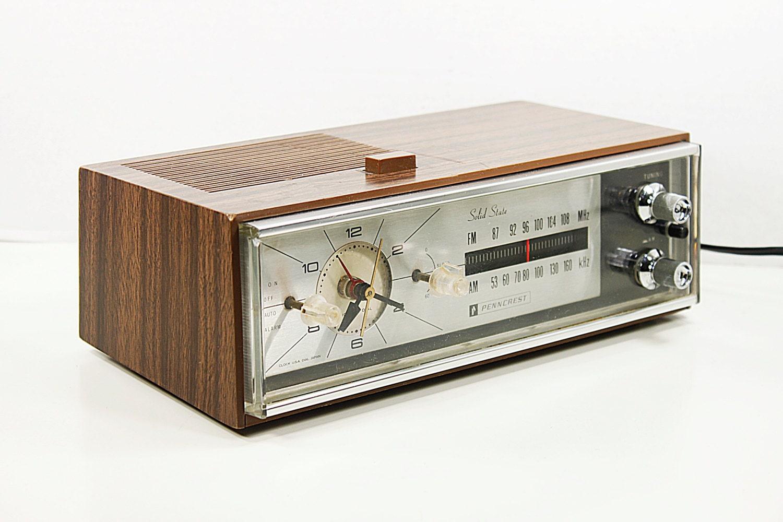 radio r veil vintage penncrest transistor analogique alarme. Black Bedroom Furniture Sets. Home Design Ideas