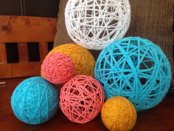 Spring sunrise large set decorative balls yarn string