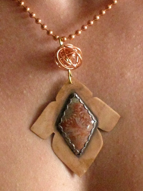 Reversible pendant - Two ways Copper pendant with a Fossiled Coral Cabochon - Artisan Jewelry Handmade