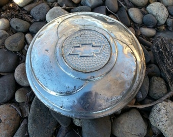 """1933 Chevrolet 6"""" Hub Cap For Wire Spoke Wheel - Classic Vintage Chevy Hub Cover For Early Wire Wheels"""