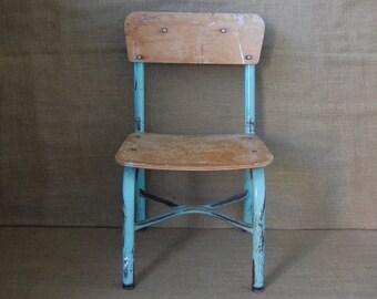 Vintage Childs School Chair, Vintage Desk Chair, Vintage Metal Desk Chair, Metal and wood childs school chair.
