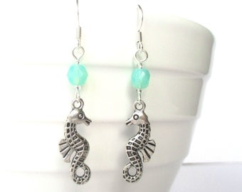 Seahorse earrings - Seahorse jewellery - Turquoise earrings - Bridesmaid gift - Beach jewellery - Diving gift - Stocking stuffer - UK