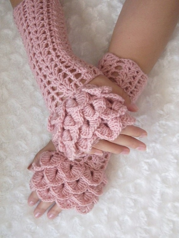 Crocodile Stitch Fingerless Gloves Pale Pink Crochet Gloves
