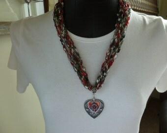 Crocheted Laddder Yarn Necklace w/Pendant