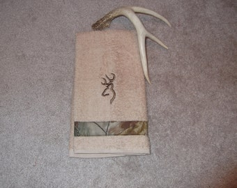 Embroidered ~CAMO BROWNING Deer~ Kitchen Bath Hand Towel