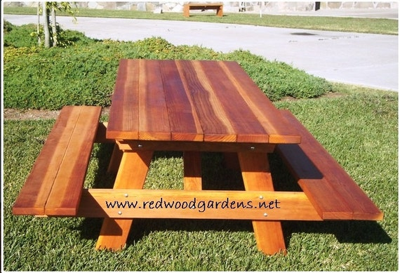 5ft Picnic Table with Benches. Heavy Duty by RedwoodGardens