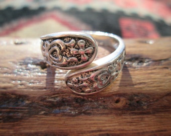 Sterling Silver Spoon Style Ring Size 7.5
