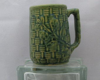 Early Rare McCoyDark Green Basket Weave Mugs