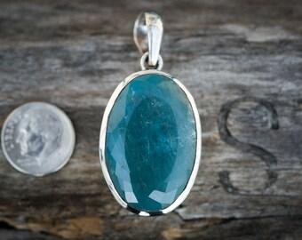Aquamarine pendant ~ Aquamarine and Sterling Silver pendant ~ Aquamarine March birthstone - Aquamarine Pendant - Aquamarine Necklace -