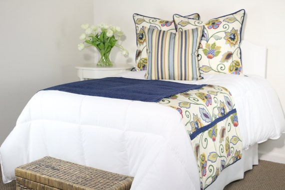 Floral Bed Runner And Accent Pillow Set Royal Blue Gold