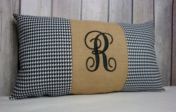 Houndstooth Pillow. Monogrammed Houndstooth. Pillow Covers. Black Pillow. Burlap Pillow. Black White Pillow