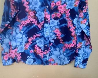 1970s Blue Burst Polyester Shirt Kmart Brand