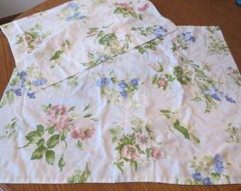 Vintage Set Of 2 Floral Full/Queen Pillow Shams, Decorative Pillow Shams, Cottage Style Pillow Sham