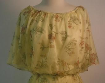 1970's Floral Flamboyant Fabulousness
